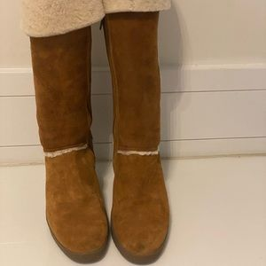 Uggs Boots - Pre-owned
